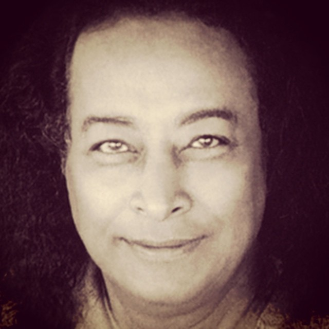 As I sit in the lake shrine in CA, I'm connected to Yogananda who, today coupled with the energy of Cancer, prompts you to delve into the purity of emotion to fulfil your Divine purpose, #godoftheday #goddess #god #hindu #wicca #witchcraft #tarotoftheday #tarot #spirit #spiritual #yogananda #toddsavvas